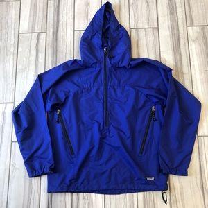 NWOT Patagonia hooded rain/wind jacket.